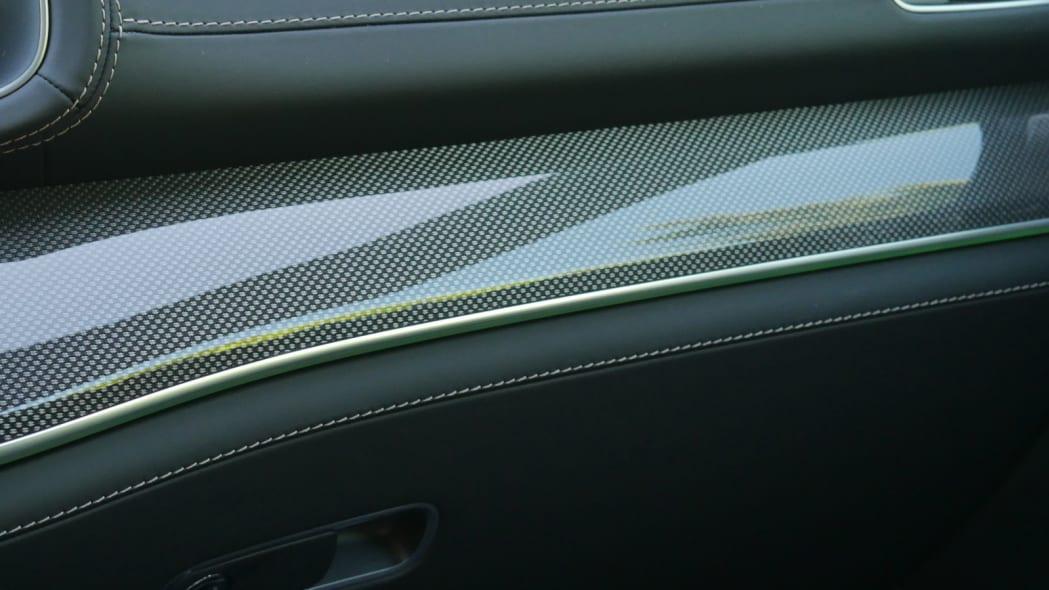 2021 Mercedes-AMG GLS 63 ambient lighting green