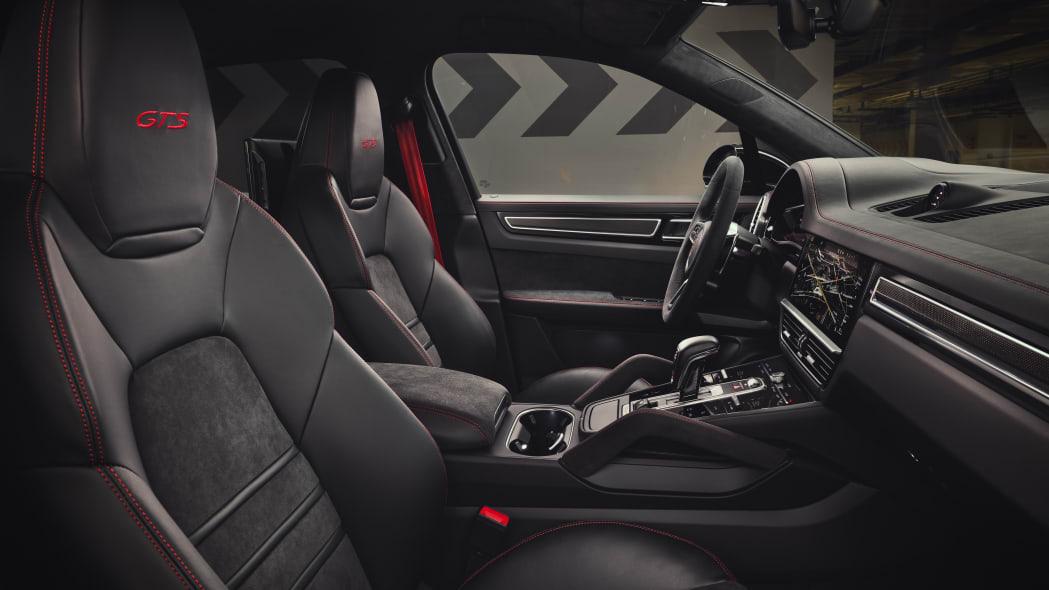 2021 Porsche Cayenne GTS