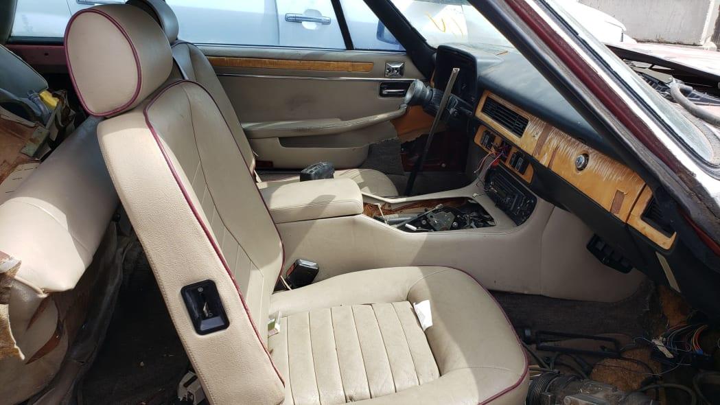 36 - 1984 Jaguar XJ-S in Colorado Junkyard - photo by Murilee Martin