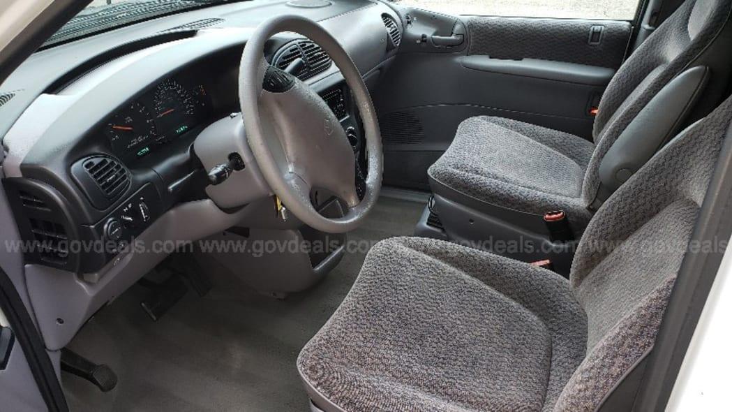 1998 Plymouth Grand Voyager surveillance van