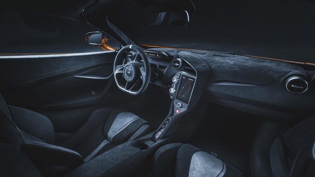 12094-720S-Le-Mans-Grey-Interior-McLaren-Orange-Exterior