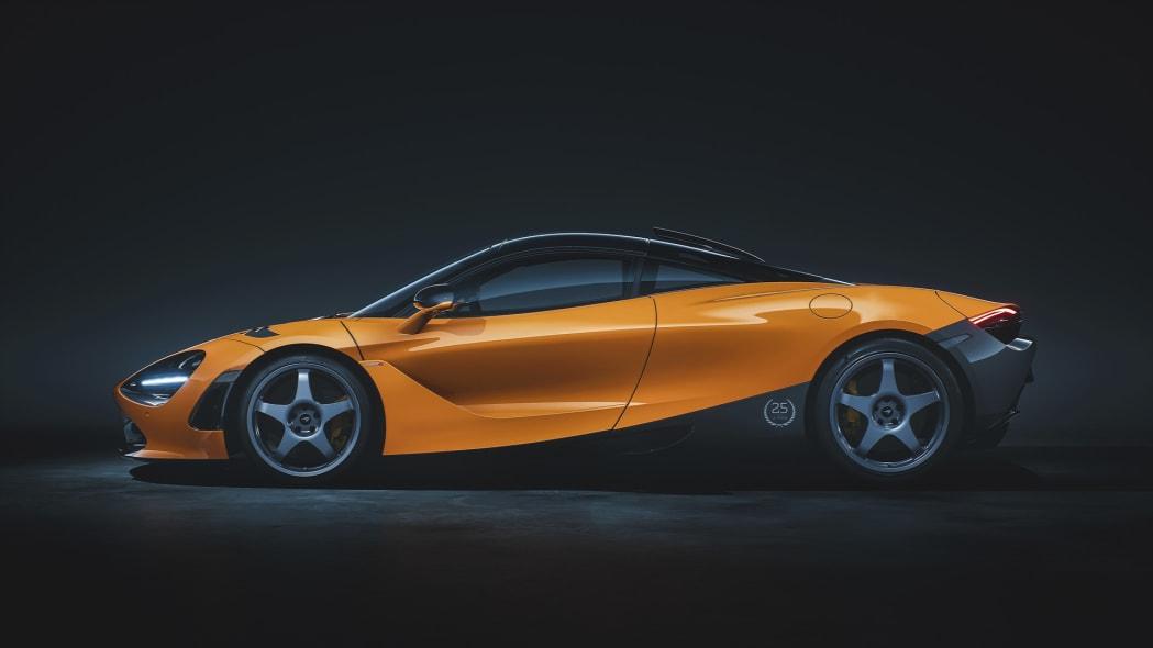 12099-720S-Le-Mans-Side-McLaren-Orange