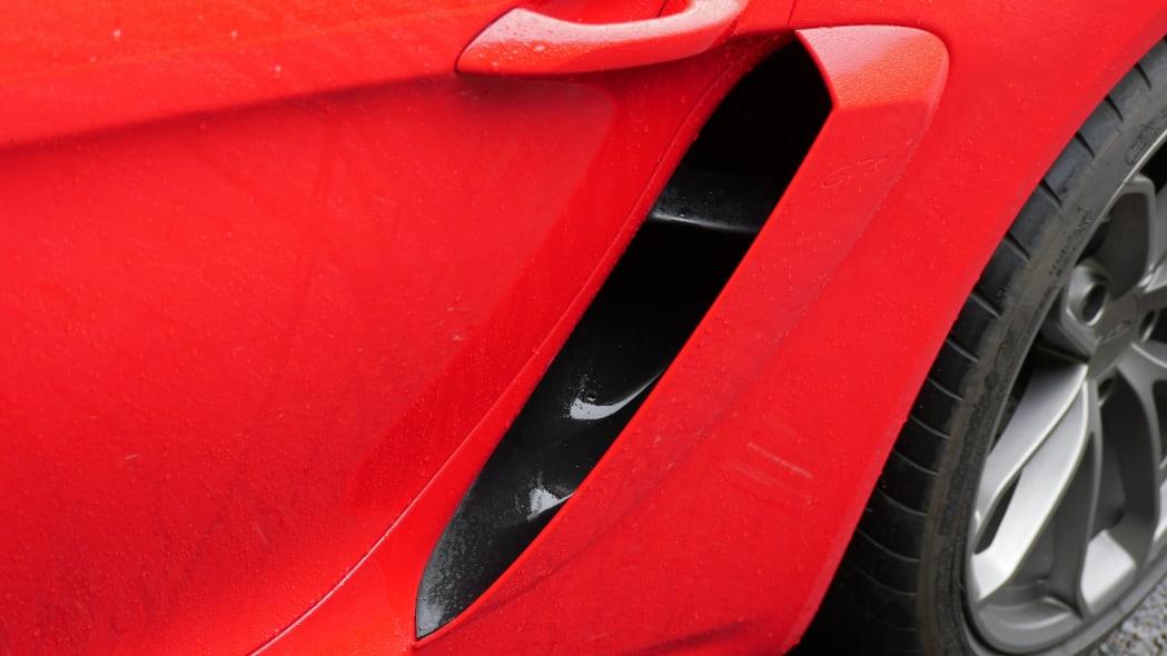 2020 Porsche 718 Cayman GT4 engine intake