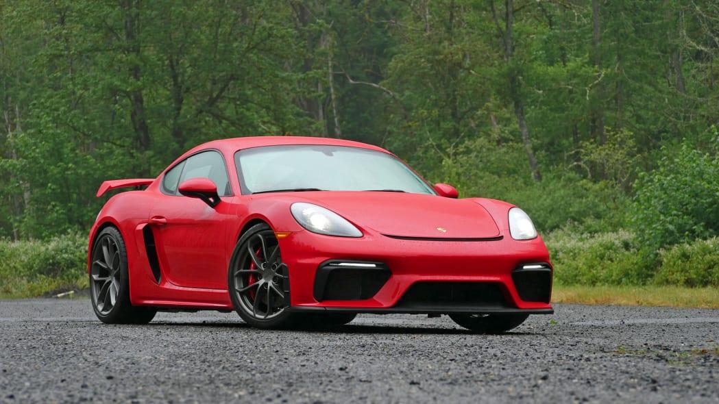2020 Porsche 718 GT4 front 34