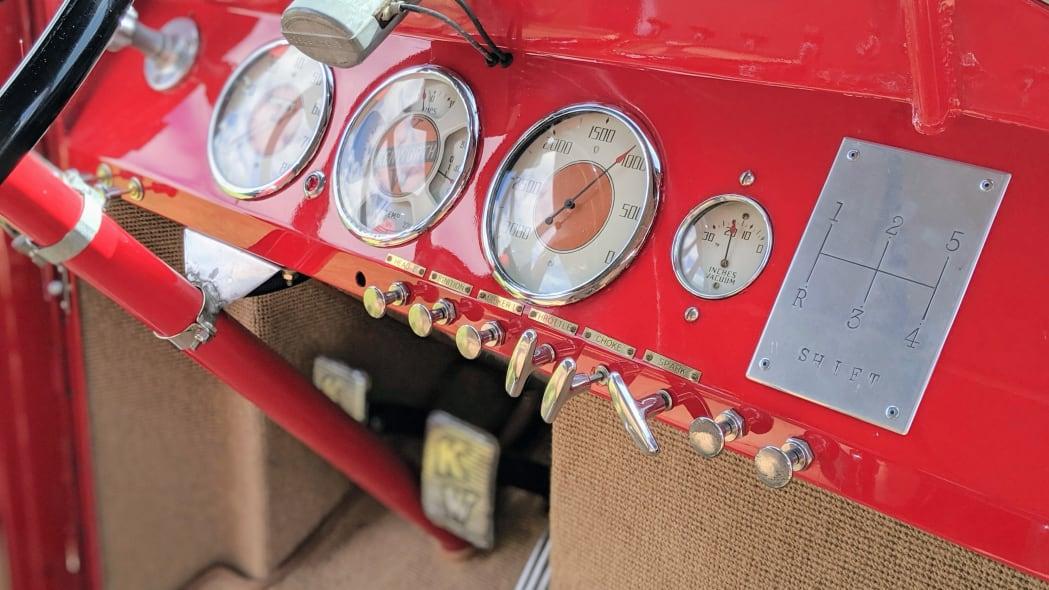 Legacy-Classic-Trucks-Mount-Rainier-Kenworth-Motor-Coach-Dashboard