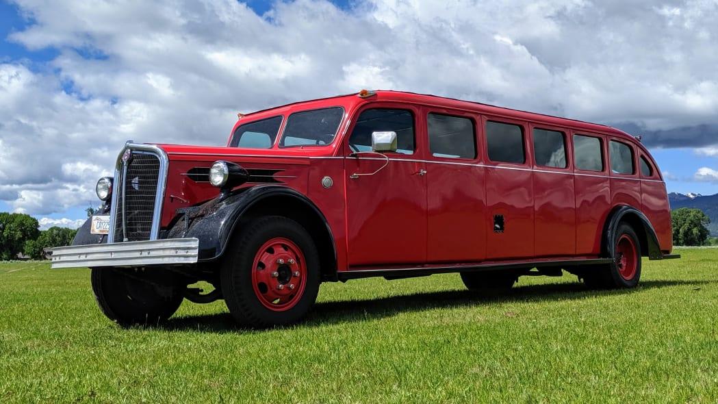 Legacy-Classic-Trucks-Mount-Rainier-Kenworth-Motor-Coach-Grass