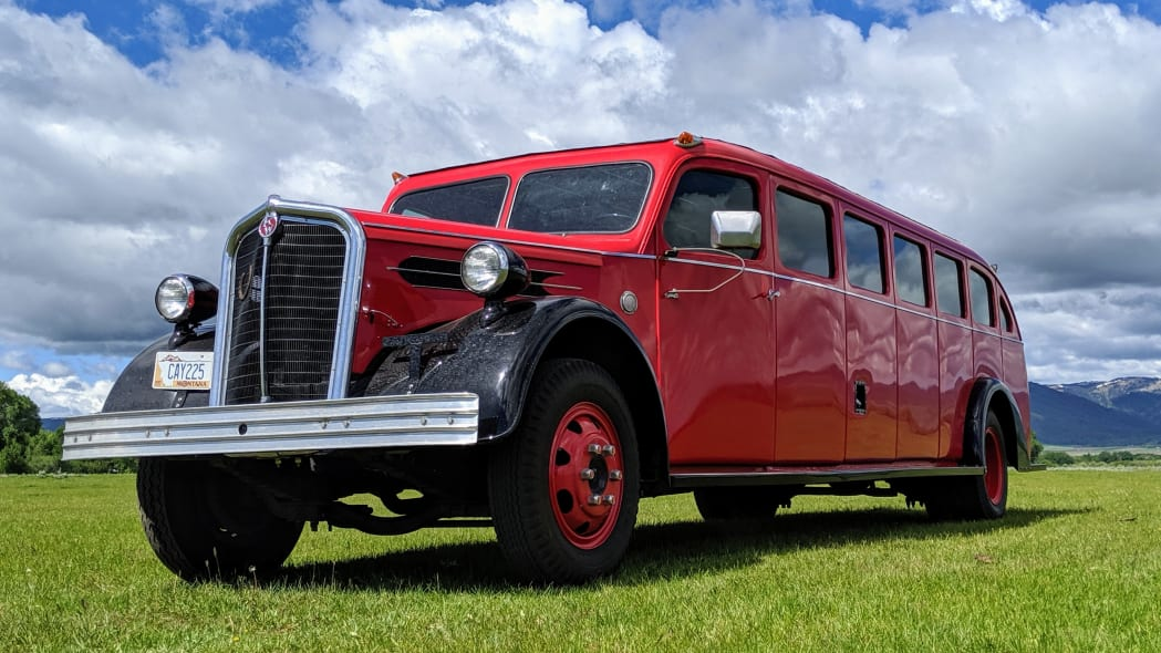 Legacy-Classic-Trucks-Mount-Rainier-Kenworth-Motor-Coach-Low-Front-Angle