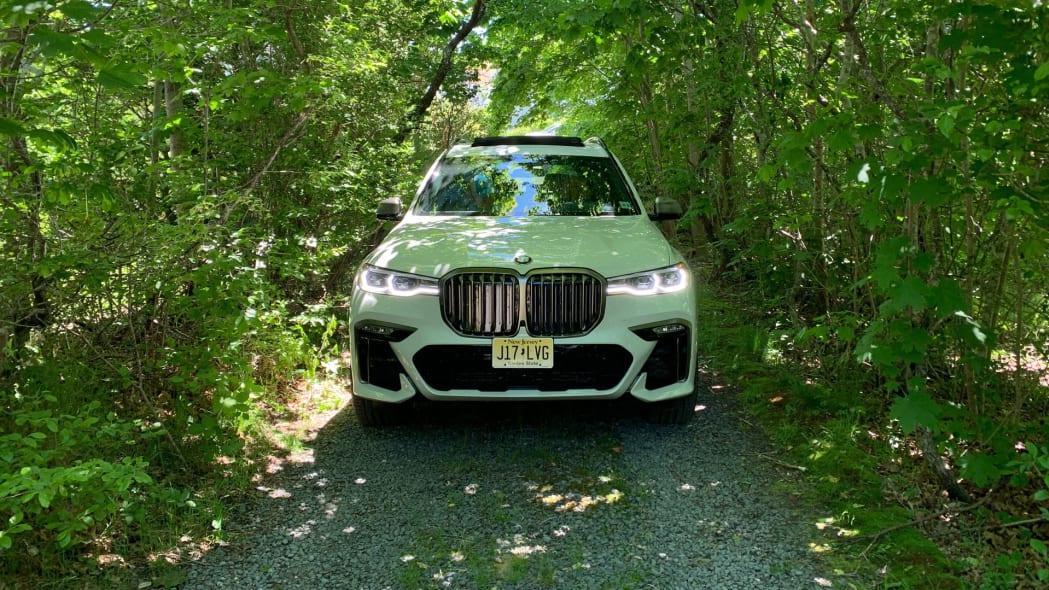 2020 BMW X7 M50i front