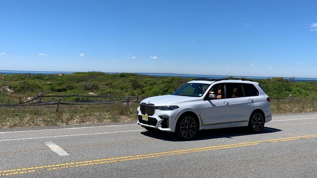 2020 BMW X7 M50i profile