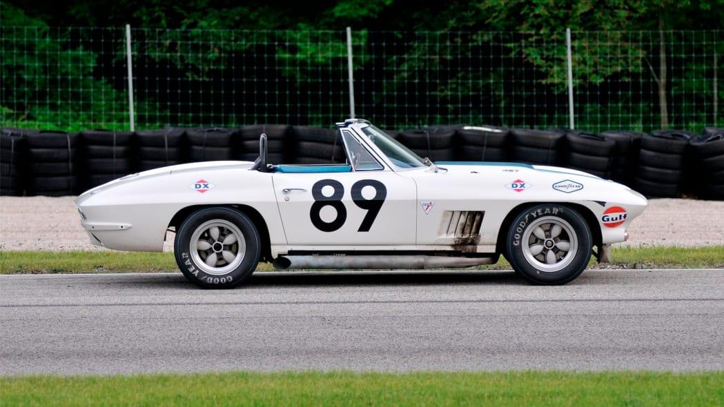 1967-L88-Corvette-21