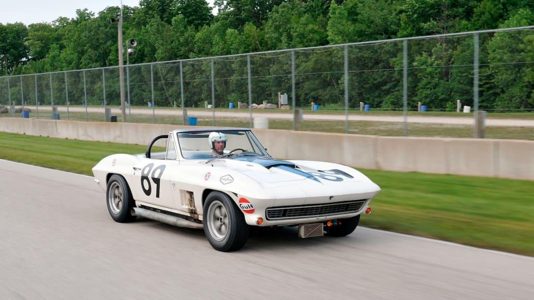 1967-L88-Corvette-23