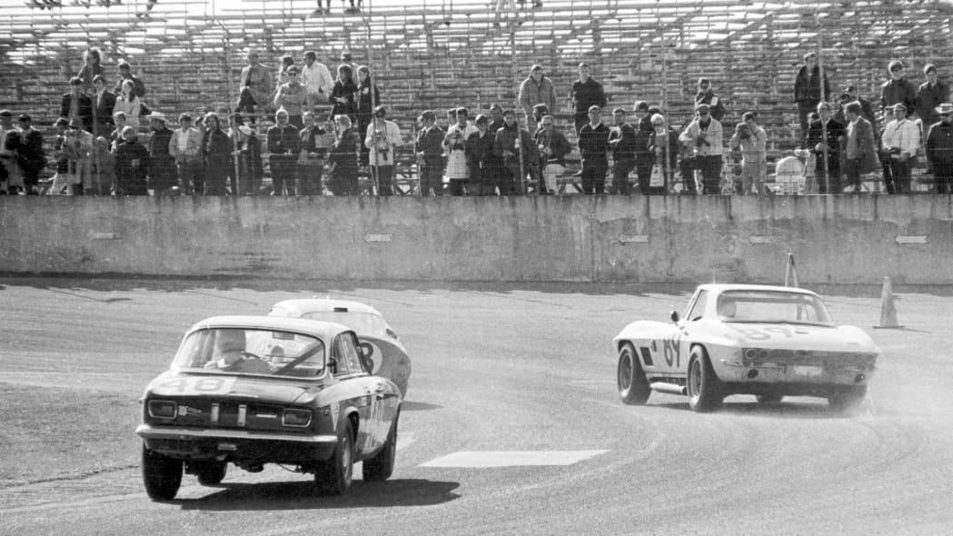 1967-L88-Corvette-27