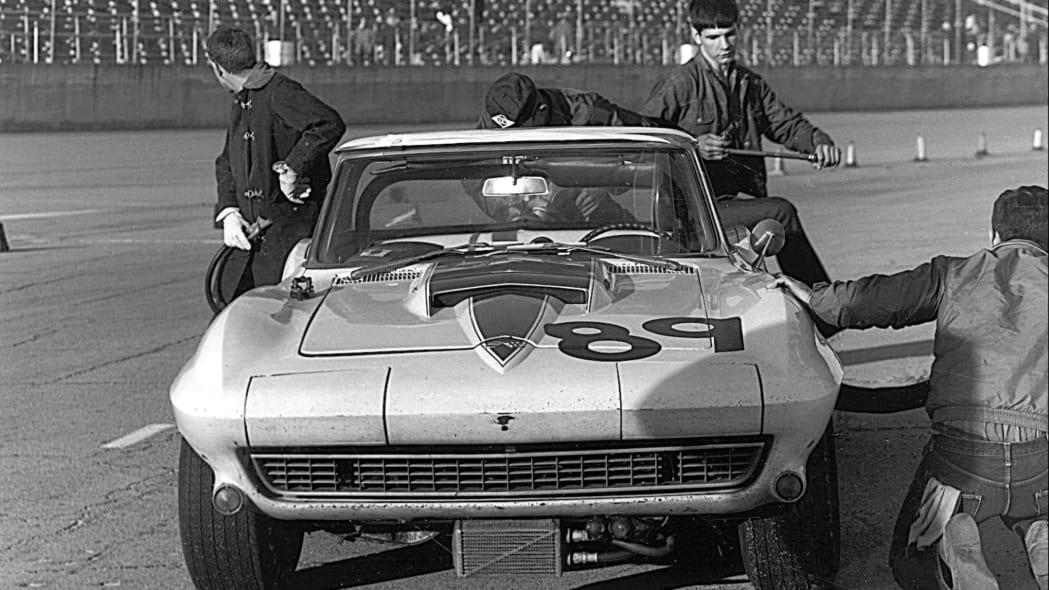 1967-L88-Corvette-29