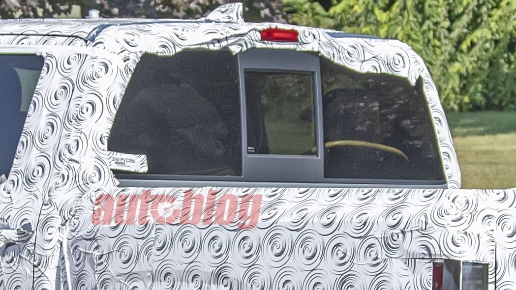 2021 Nissan Frontier prototype spy shots
