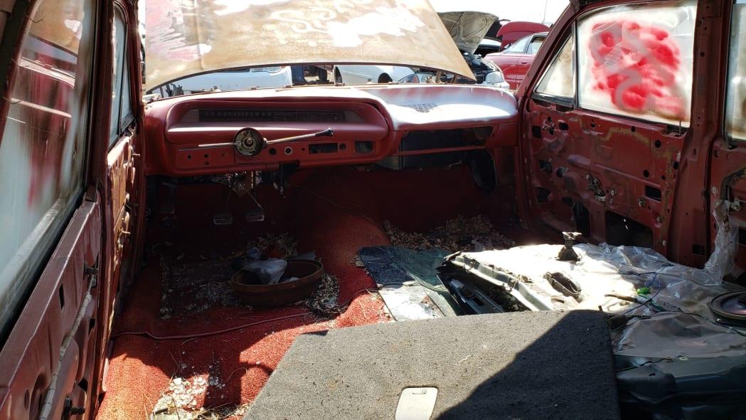 02 - 1962 Chevrolet in Colorado Junkyard - photo by Murilee Martin