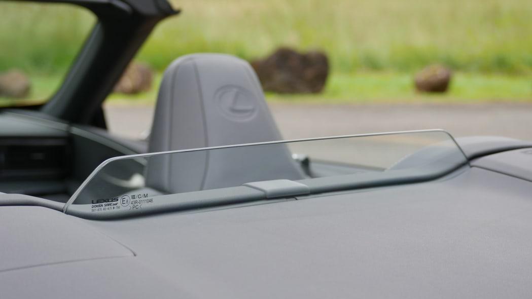 2021 Lexus LC 500 Convertible wind deflector