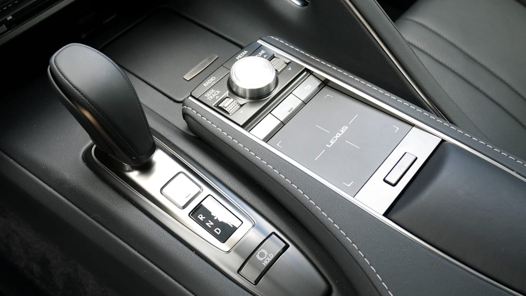 2021 Lexus LC 500 Convertible center console
