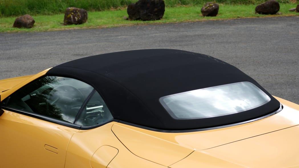 2021 Lexus LC 500 Convertible roof