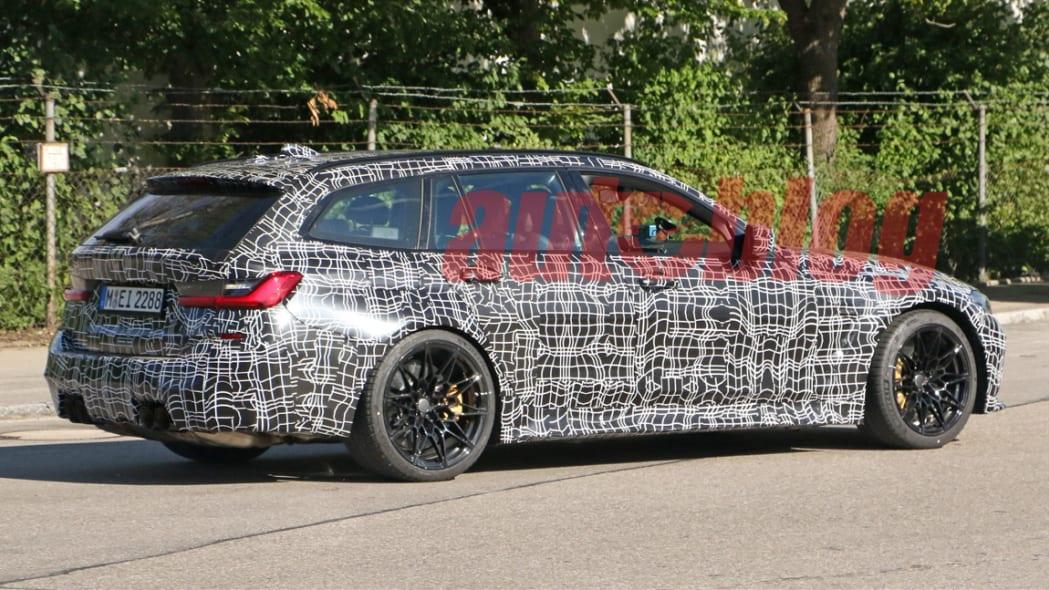 BMW M3 Touring spy photo
