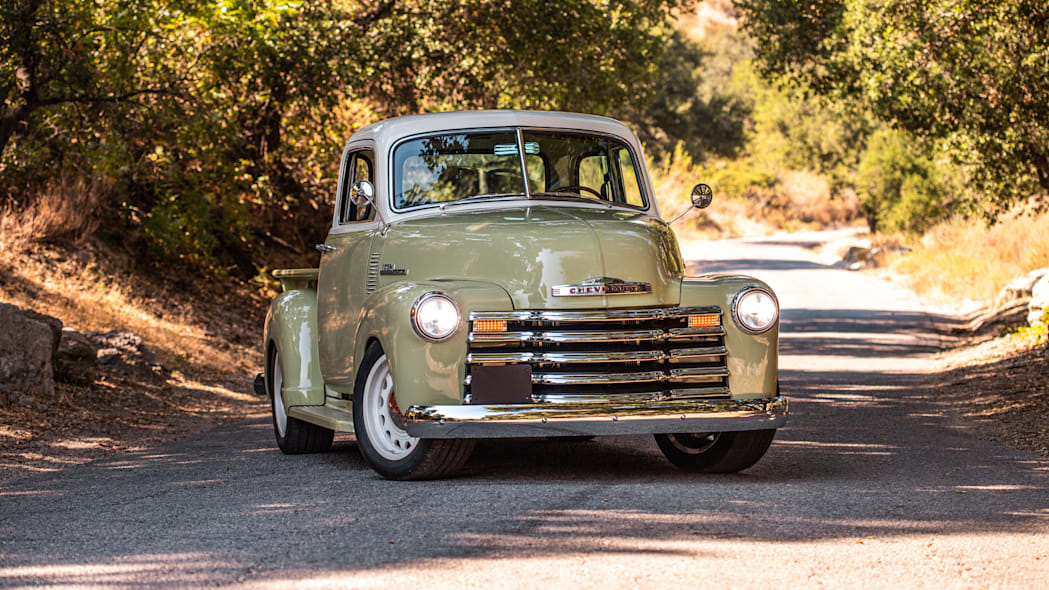 ICON-Thriftmaster-Old-School-Nature-F34-On-Road-Under-Trees