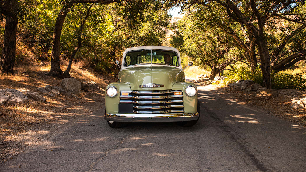 ICON-Thriftmaster-Old-School-Nature-Nose-On-Road