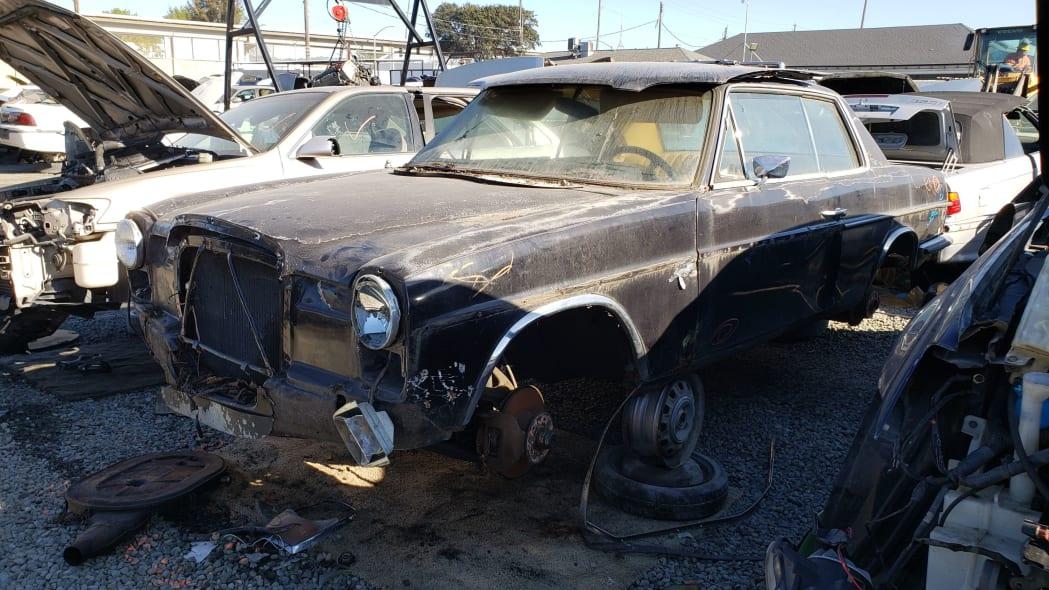 25 - 1973 Mercedes-Benz W114 in California junkyard - photo by Murilee Martin