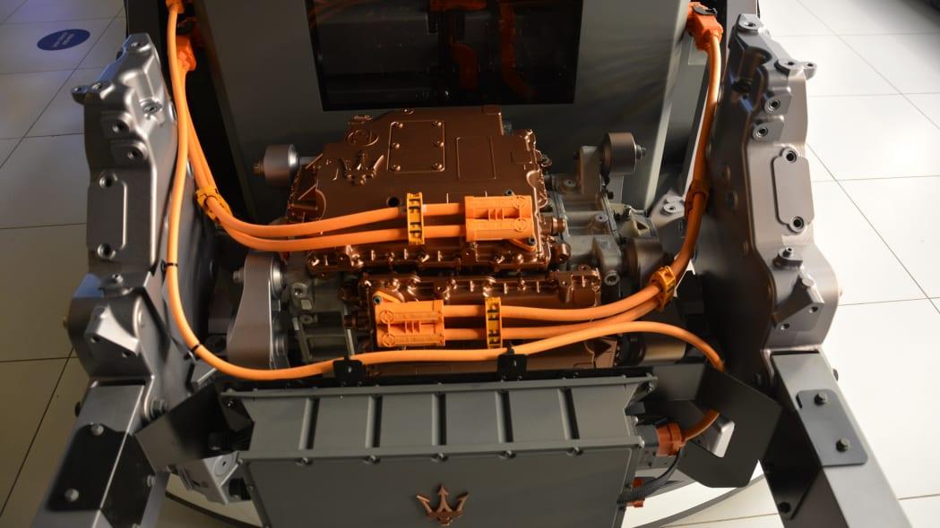 2023 Maserati MC20 Folgore drivetrain