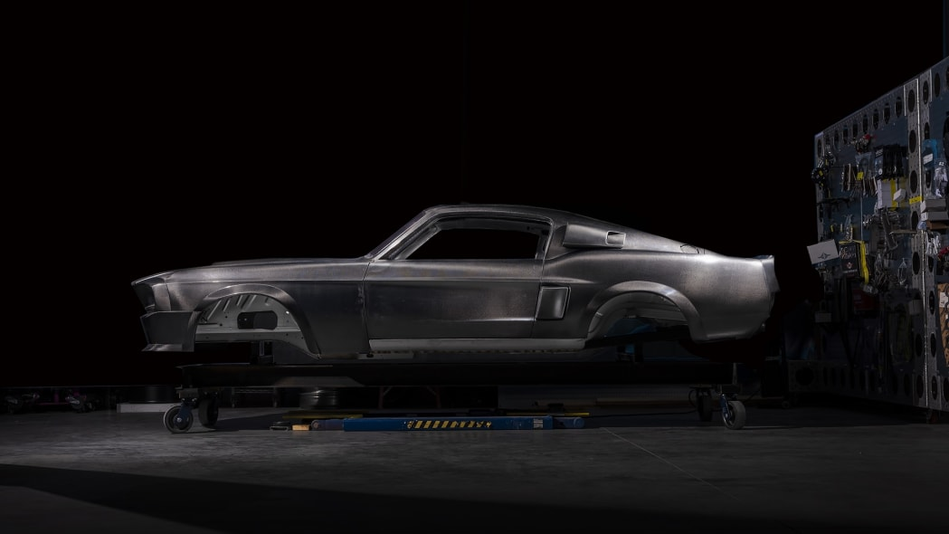 Classic Recreations Carbon Edition Shelby GT500CR