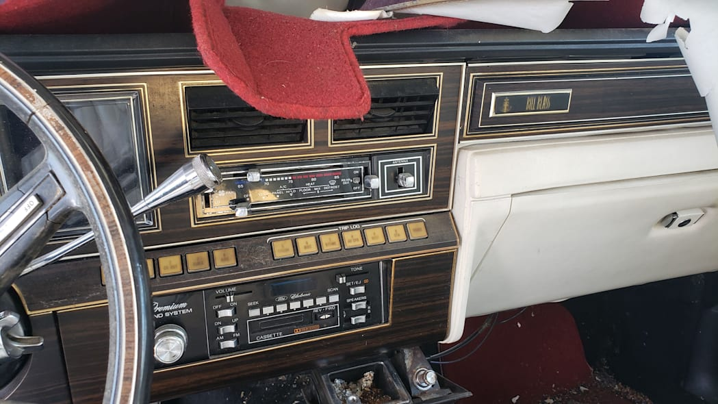 19 - 1982 Lincoln Continental Mark VI Bill Blass in Colorado junkyard - photo by Murilee Martin