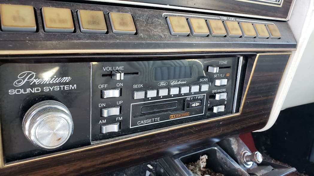 20 - 1982 Lincoln Continental Mark VI Bill Blass in Colorado junkyard - photo by Murilee Martin