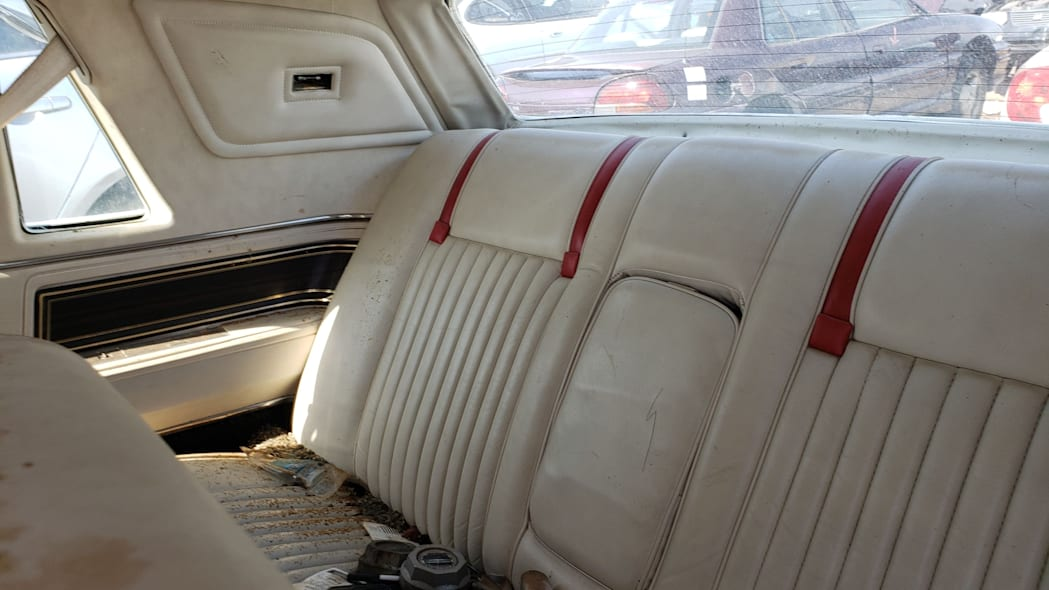 25 - 1982 Lincoln Continental Mark VI Bill Blass in Colorado junkyard - photo by Murilee Martin