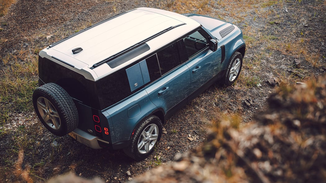 2020 Land Rover Defender blue with white roof