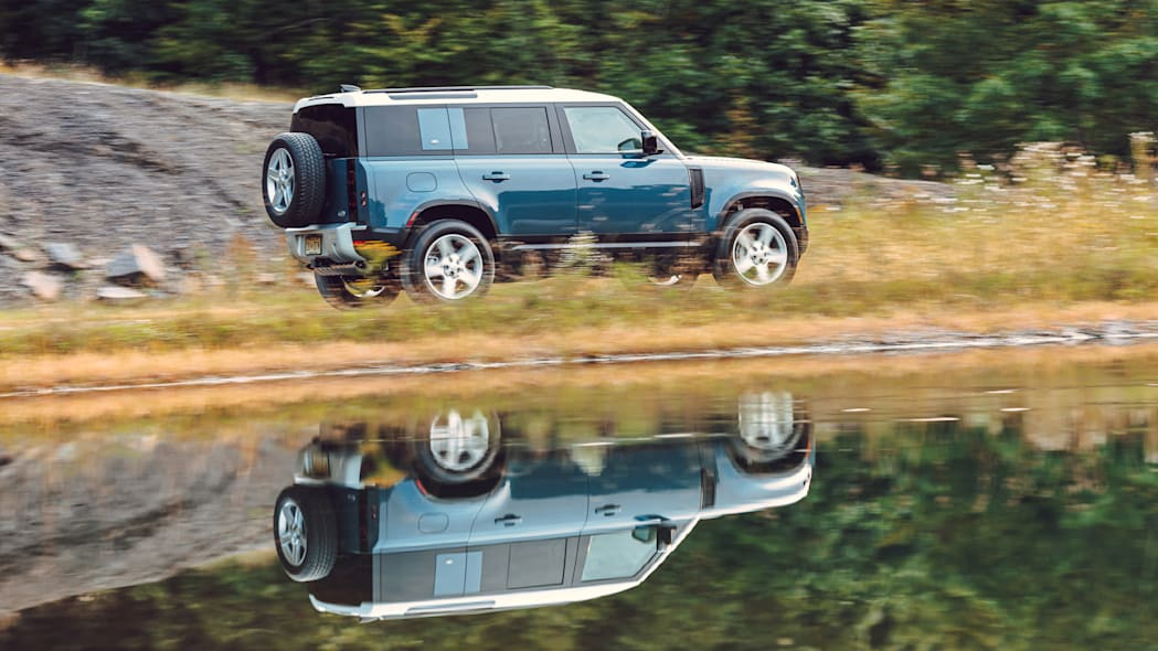 2020 Land Rover Defender blue reflection rear