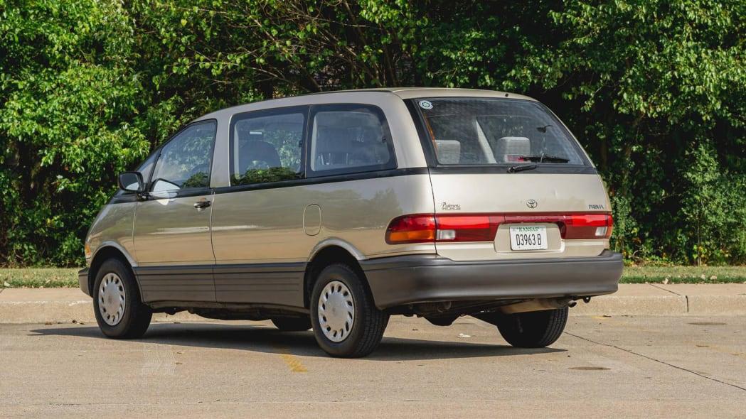 Toyota Previa 3