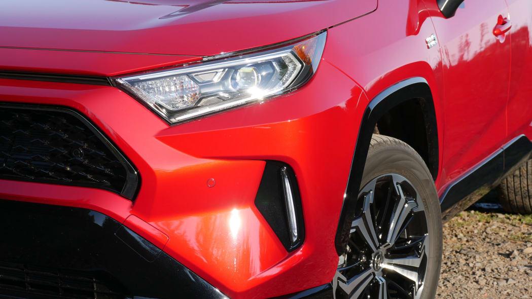 2021 Toyota RAV4 Prime lights