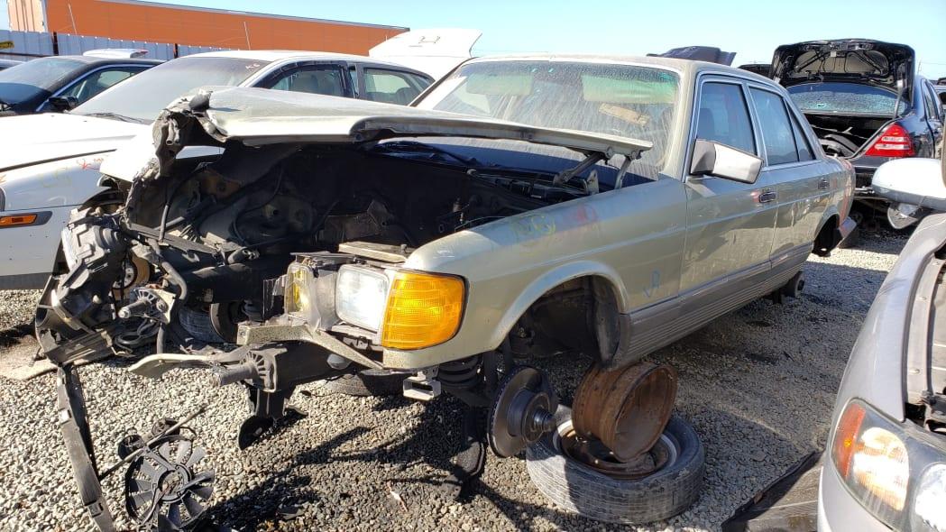 18 -1981 Mercedes-Benz 300SD in California junkyard - photo by Murilee Martin