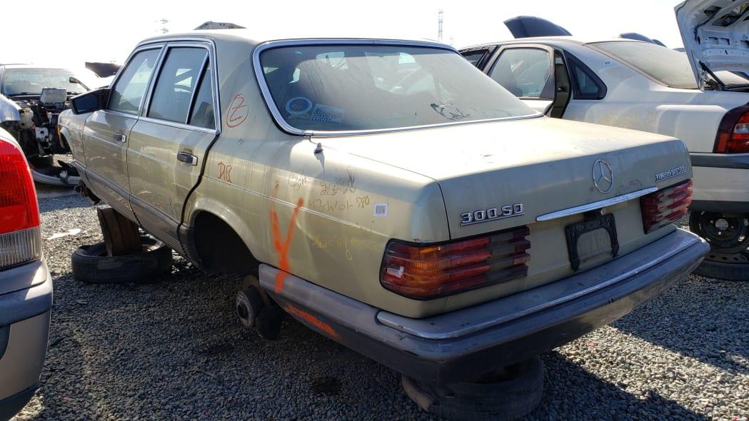 33 -1981 Mercedes-Benz 300SD in California junkyard - photo by Murilee Martin
