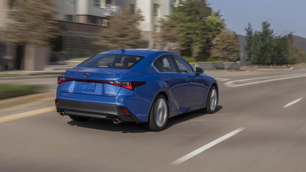2021_Lexus_IS_300_AWD_Blue_043