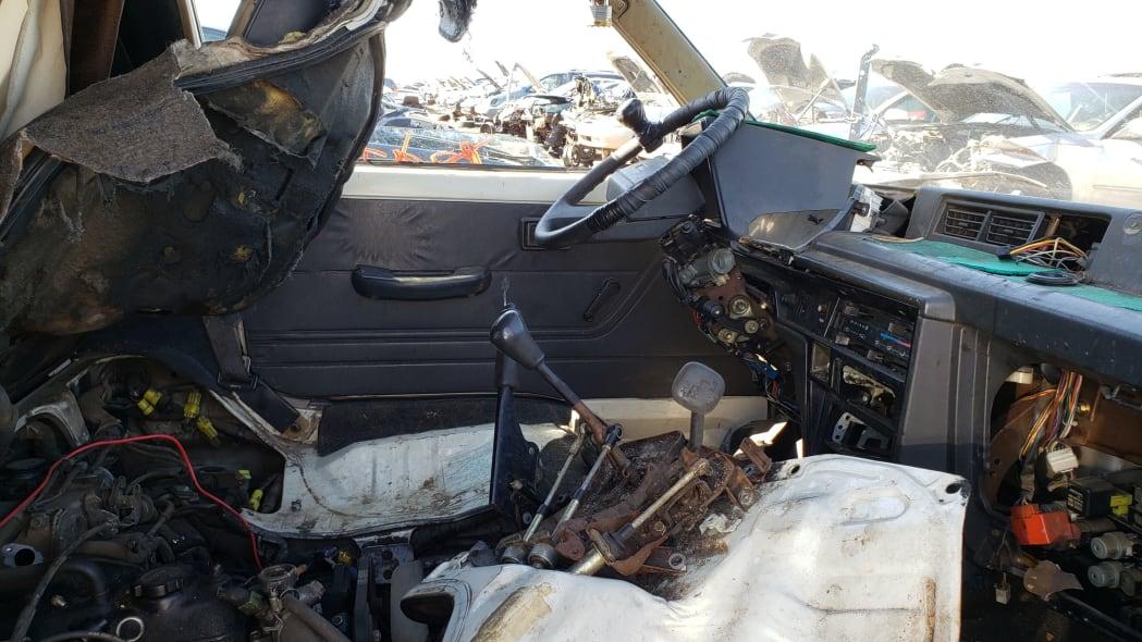44 - 1987 Toyota LiteAce Van in Colorado junkyard - photo by Murilee Martin