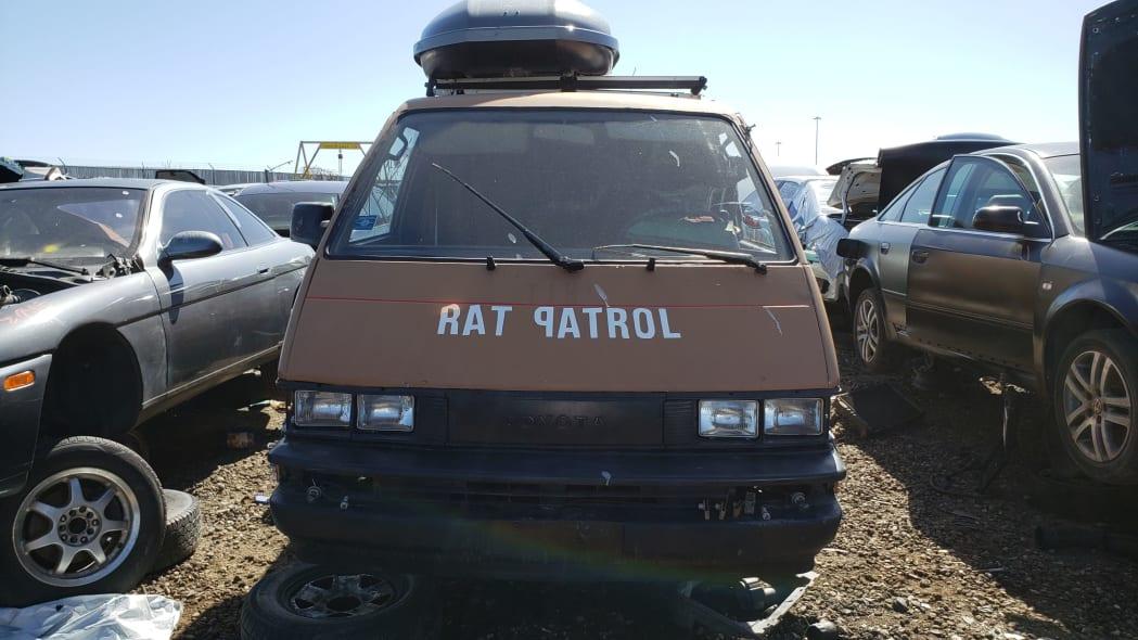 47 - 1987 Toyota LiteAce Van in Colorado junkyard - photo by Murilee Martin