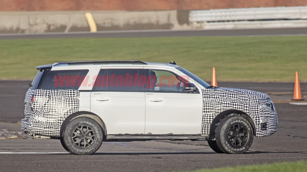 Ford Expedition spied
