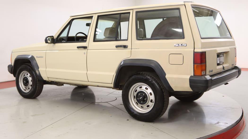 1985-jeep-cherokee (2)