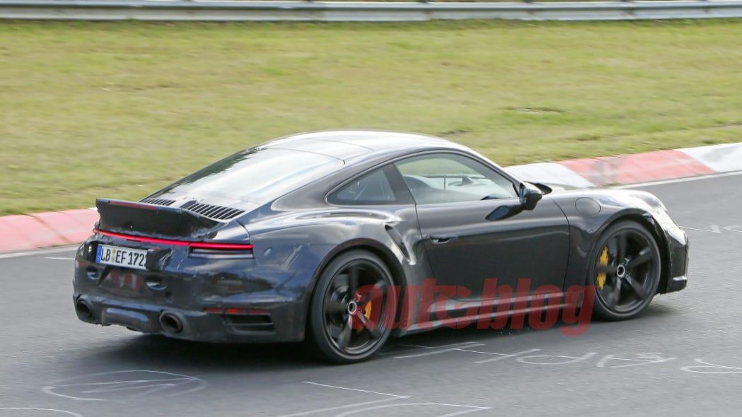 Porsche 911 Turbo ducktail spy photos