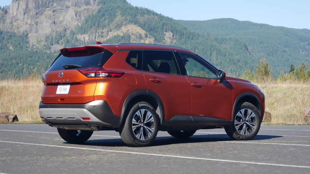 2021 Nissan Rogue SV rear
