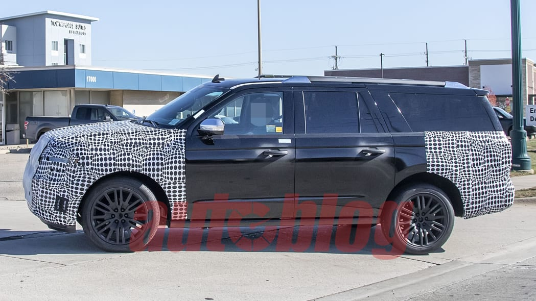 2022 Ford Expedition spy photo