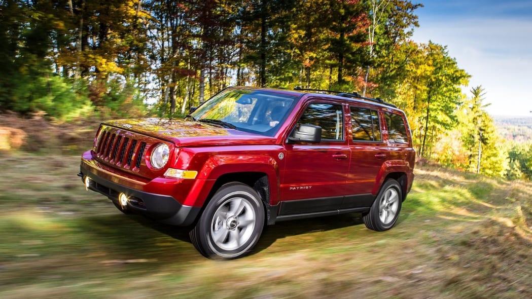 2017 Jeep Patriot: 3 sales