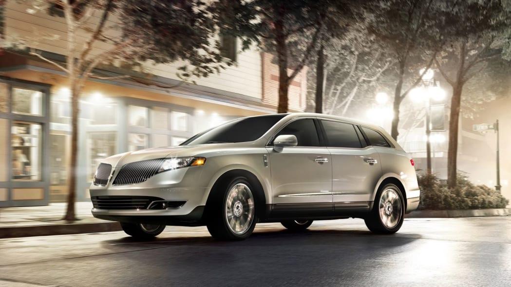 2019 Lincoln MKT: 329 sales