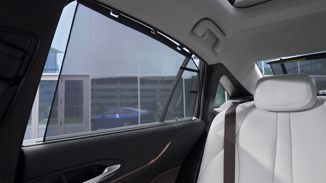 2021-Mirai_Limited-Interior_003-scaled