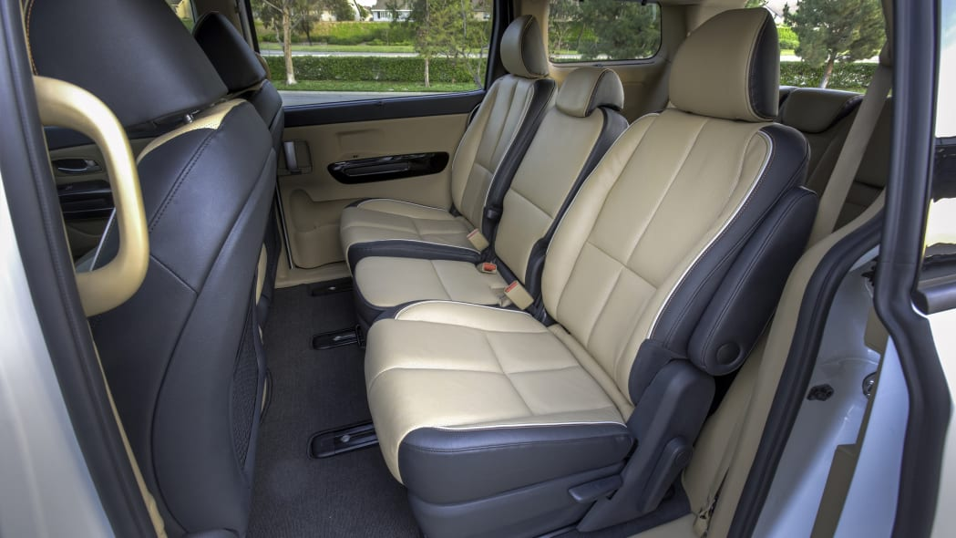Kia Sedona Second Row eight passenger