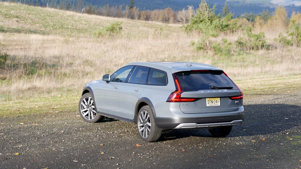 2021 Volvo V90 Cross Country above rear